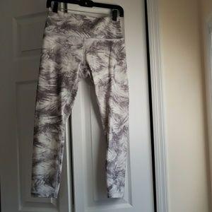 Lululemon feather print legging